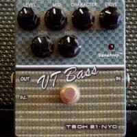 Tech 21 VT Bass (Ampeg SVT amp emulator)- $100