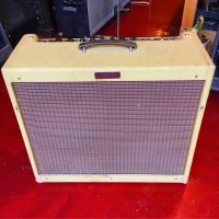 Fender Blues Deville - $695